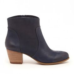 Women's Washed Navy Leather 2 1/8 Inch Stacked Heel Ankle Bootie | Romy by Sole Society
