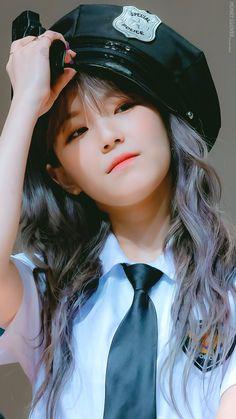Kpop Girl Groups, Korean Girl Groups, Kpop Girls, Cute Korean Girl, South Korean Girls, K Pop, Petty Girl, Pop Hair, Pre Debut