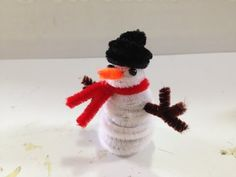 HOW TO MAKE A PIPE CLEANER SNOWMAN