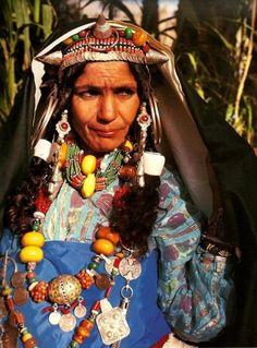 Africa | Berber woman.  Photographer ?