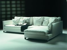 VICTOR LARGE SECTIONAL