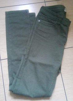 Kup mój przedmiot na #vintedpl http://www.vinted.pl/damska-odziez/dzinsy/10344778-zielone-khaki-spodnie
