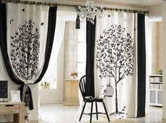 модные шторы с крупным принтом на межкомнатном проеме