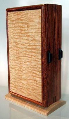 Jewelry cabinet: