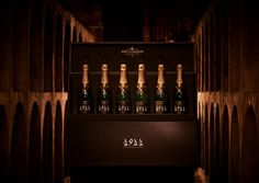 Moet  Chandon 1911 Grand Vintage collection ~ £65,000 ~ Harrods, 2011 Christmas. #Champagne