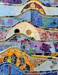 Gaudi in Barcelona. Gaudi is the main reason I want to go to Barcelona. Gaudi Mosaic, Mosaic Art, Mosaic Tiles, Art Nouveau, Art Deco, Antonio Gaudi, Art Et Architecture, Barcelona Architecture, Henri Rousseau