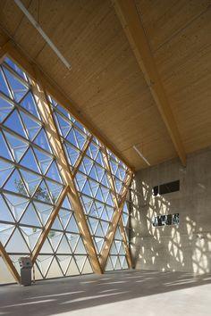 Hangar H16 / Comte & Vollenweider Architectes