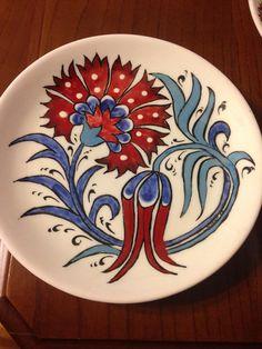 Pottery Painting, Ceramic Painting, Ceramic Art, Turkish Plates, Turkish Art, Suzani Fabric, Hand Painted Plates, Boho Home, Blue Pottery