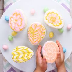 Check out this fun filled way to make an easter egg mini cake! Desserts To Make, Holiday Desserts, Holiday Recipes, Dessert Recipes, Mini Cakes, Cupcake Cakes, Cupcakes, Cute Baking, Cake Decorating Videos