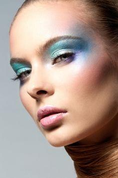 Professional Make Up-Photoshoot Photo Makeup, Makeup Art, Makeup Tips, Beauty Makeup, Hair Beauty, Photoshoot Themes, Photoshoot Makeup, Beauty And The Beat, Beauty Book