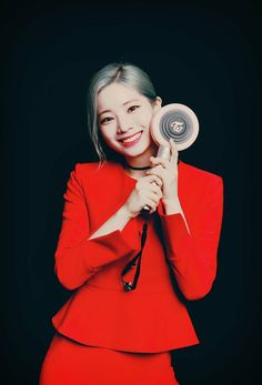 Find images and videos about twice and dahyun on We Heart It - the app to get lost in what you love. Kpop Girl Groups, Korean Girl Groups, Kpop Girls, Twice Korean, Sana Momo, Twice Once, Twice Dahyun, Twice Kpop, Im Nayeon