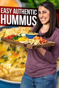 Authentic hummus is easy to make at home with this simple and delicious recipe. Weve also included two popular flavor options for Garlic Hummus and Roasted Red Bell Pepper Hummus. Low Carb Dinner Recipes, Vegetarian Recipes Dinner, Snack Recipes, Snacks, East Meals, Stay At Home Chef, Easy Hummus Recipe, Garlic Hummus, Easy Holiday Recipes