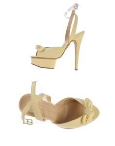 ALERTE SHOES: Beyoncé spotted Charlotte Olympia Serena  [SALE /SOLDES]