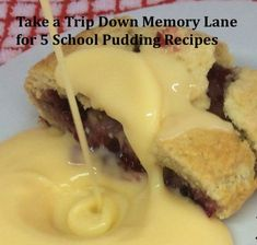 Take a Trip Down Memory Lane for 5 School Pudding Recipes - Catering-Online Old School Desserts, School Dinner Recipes, Fun Desserts, Dessert Recipes, Old School Puddings, Roly Poly Recipes, Apple Crumble Recipe, School Cake, Food 52