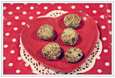 #LighterLife fig and almond love balls #Valentine #recipe