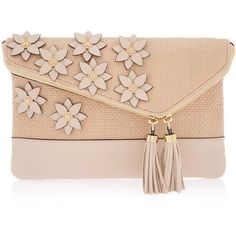 Henri Bendel Debutante Petal Straw Clutch (8 150 UAH) ❤ liked on Polyvore featuring bags, handbags, clutches, purses, bolsas, сумки, beige, straw purses, woven handbags y straw hand bags