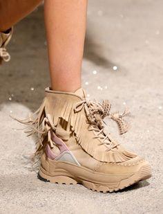 size 40 24931 b0dd9 Sko Sneakers, Sneakers Mode, Kvindemode, Modesko, Mode Tilbehør, Sko, Tøj