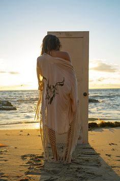 kimono love #spelldesigns www.frankvinyl.com