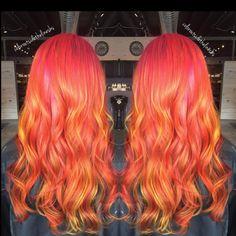 inside lighting picked almost everything up ❌❌❌🔥🔥🔥🔥🔥 #nofilter #nofilterneeded #pinklemonade #rainbow #coloroftheday #colorcorrection #color #coloroutsidethelines #olaplex #modernsalon #pinkhair #orangehair #yellowhair #girlswithtattoos #rainbow #mermaidhair #mermaidstylists #pravana #redken #redkenready #hairheads #colorjunkie #showmeyourvivids #summer16 #colormelt
