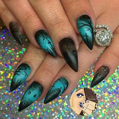 55 Scary Halloween Nail Art Design Ideas for the Upcoming Halloween Page 37 of 55 Chic Hostess halloween nails Goth Nails, Skull Nails, Stiletto Nails, My Nails, Grunge Nails, Nail Art Halloween, Halloween Nail Designs, Scary Halloween, Halloween Skull
