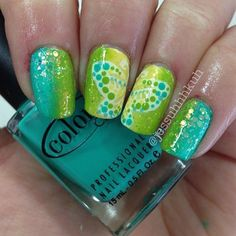 Butterfly on green & yellow gradient nail art design Crazy Nails, Love Nails, Fun Nails, Nail Art Designs, Crazy Nail Designs, Perfect Nails, Gorgeous Nails, Pretty Nails, Butterfly Nail Art
