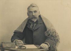 Aunque Stéphane Mallarmé (1842-1898) fue admitido entre los poetas malditos reseñados por Verlaine, entre esos cuya genialidad los condenó a una existencia de tormento, desolación y repulsa social,…