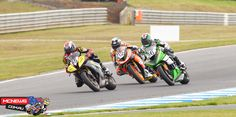 Troy Guenther takes a 15-point lead over Callum Spriggs to the second round of the Australian Supersport Championship at Wakefield Park.