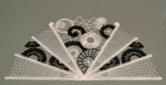 Terug naar 't kantkussen 2 Needle Lace, Bobbin Lace, Opera House, Tatting, Modern, Lace, Needlepoint, Hand Fans, Tulle