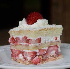 Strawberry Shortcake clone of Disney's Sunshine Seasons in EPCOT
