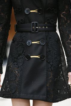 Burberry Prorsum Spring 2016 Ready-to-Wear Fashion Show Details