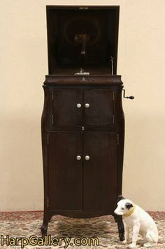 Victrola Victor Mahogany 1921 Phonograph VV-XIV - Harp Gallery Antique Furniture $795