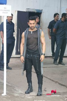 Aamir Khan snapped on the sets of Dangal song shoot