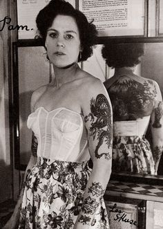 Pamela Nash tattooed by Les Skuse; Bristol, Great Britain (1950s) | 14 Truly Awesome Photos Of Tattoos Throughout History
