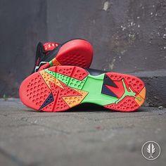 Kleine Erinnerung ... ab morgen ist der Air Jordan VII Retro - Marvin The Martian zu haben. Gibt dann für 180 Eurotaler bei Afew bzw. die BG Version ab 130-. Shoplink unter www.3komma43.com  #shoes #shoe #kicks #instashoes #instakicks #sneakers #sneaker #sneakerhead #sneakerheads #solecollector #soleonfire #nicekicks #igsneakercommunity #sneakerfreak #sneakerporn #shoeporn #fashion #swag #instagood #fresh #photooftheday #nike #sneakerholics #sneakerfiend #shoegasm #kickstagram #walklikeus…