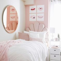 Dorm Design, Dorm Room Designs, Interior Design, Room Ideas Bedroom, Room Decor, Preppy Dorm Room, Dorm Room Layouts, Dorm Life, College Dorm Rooms