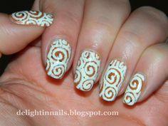 Delight in Nails: Nail-Aween Nail Art Challenge - Pumpkin Mani