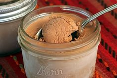 No machine needed to make this chocolate ice cream. Check out the 1/2 pint mason jars! So cute!