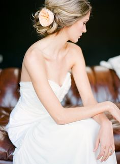Romantic, modern wedding inspiration | by Good Company SF | photography by www.lisalefkowitz...