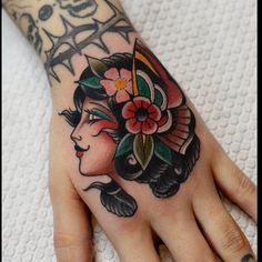 new school tattoo leg sleeve & new school tattoo leg sleeve Traditional Tattoo Girls, Traditional Panther Tattoo, Traditional Tattoo Inspiration, Hand Tattoos For Women, Sleeve Tattoos For Women, Tattoos For Guys, Future Tattoos, Baby Tattoos, Leg Tattoos