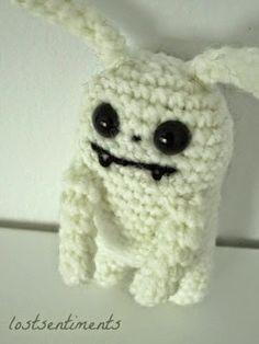 Amigurumi Vampire Bunny - FREE Crochet Pattern / Tutorial