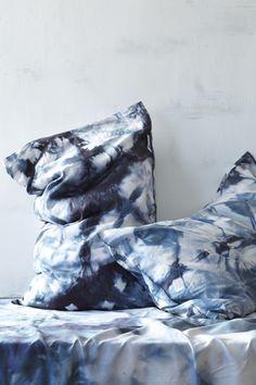 back in stock! earth itajime pillow set
