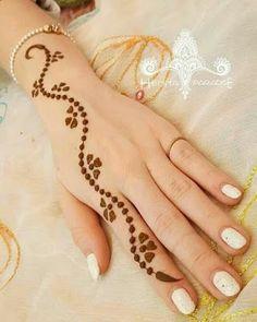 Mehndi Design Offline is an app which will give you more than 300 mehndi designs. - Mehndi Designs and Styles - Henna Designs Hand All Mehndi Design, Basic Mehndi Designs, Finger Henna Designs, Mehndi Designs For Beginners, Mehndi Design Photos, Mehndi Designs For Fingers, Latest Mehndi Designs, Mehandi Designs, Easy Henna Hand Designs