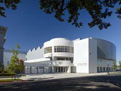 Gallery - Crocker Art Museum / Gwathmey Siegel & Associates Architects - 1