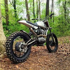 Custom dirt back based on vintage Ducati single by Brian Fuller