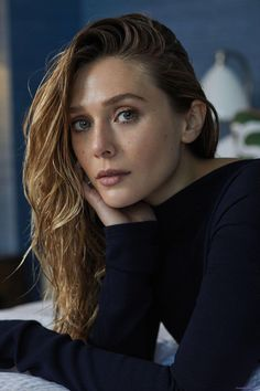 Image uploaded by Aʟᴇʏɴᴀ. Find images and videos about Marvel, elizabeth olsen and scarlet witch on We Heart It - the app to get lost in what you love. Elizabeth Chase Olsen, Elizabeth Olsen Scarlet Witch, Queen Elizabeth, Elizabeth Montgomery, Beautiful Female Celebrities, Beautiful Women, Elisabeth, Marvel Actors, Celebrity Crush