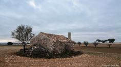 Dry Stone Hut from La Mancha (Spain) by FranciscoGarciaRios. Please Like http://fb.me/go4photos and Follow @go4fotos Thank You. :-)