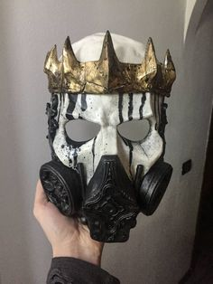 Skull King gas mask – Leather mask - To Have a Nice Day Character Inspiration, Character Design, Armadura Cosplay, Creation Art, Skull Mask, Skull Helmet, Masks Art, Maquillage Halloween, Mask Design