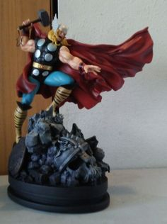 Thor Statue Bowen Classic Action Spinning Hammer Damaged No Sword as Is | eBay