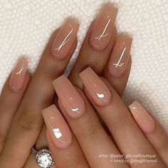 Glossy Peach-Nude on Coffin Nails Acrylic Nails Nude, Simple Acrylic Nails, Summer Acrylic Nails, White Acrylic Nails With Glitter, Coffin Nails Designs Summer, Square Acrylic Nails, Summer Nails, Classy Nails, Stylish Nails