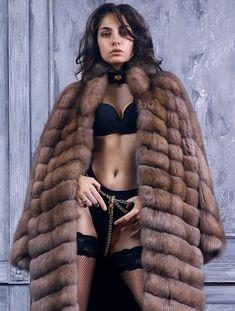 Jolie Lingerie, Best Lingerie, Black Lingerie, Sable Fur Coat, Fox Fur Coat, Fur Coats, Fur Fashion, Fur Jacket, Coats For Women